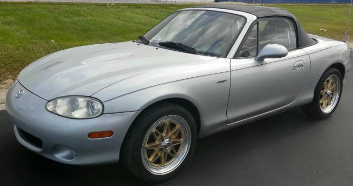 White Diamond 8008 Gold on Mazda Miata